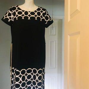 Roz & Ali slim - fit short sleeves Dress